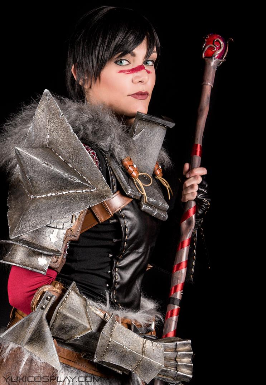 Mage Hawke - Dragon Age Cosplay by Yukilefay