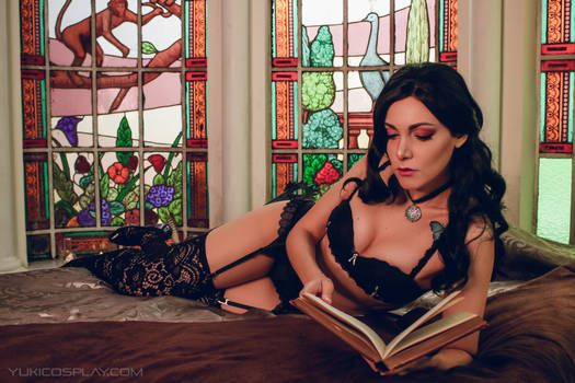 Yennefer reading - The Witcher