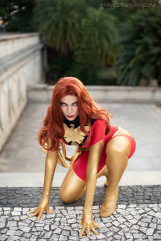 Dark Phoenix Cosplay   Supervillain landing