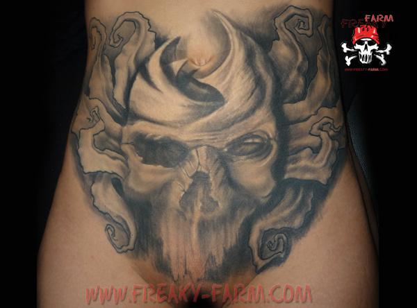 Dirk Dunkel - vagina scull by D-D-Tattoo