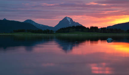 Flaming Sunset 2 by KennethSolfjeld