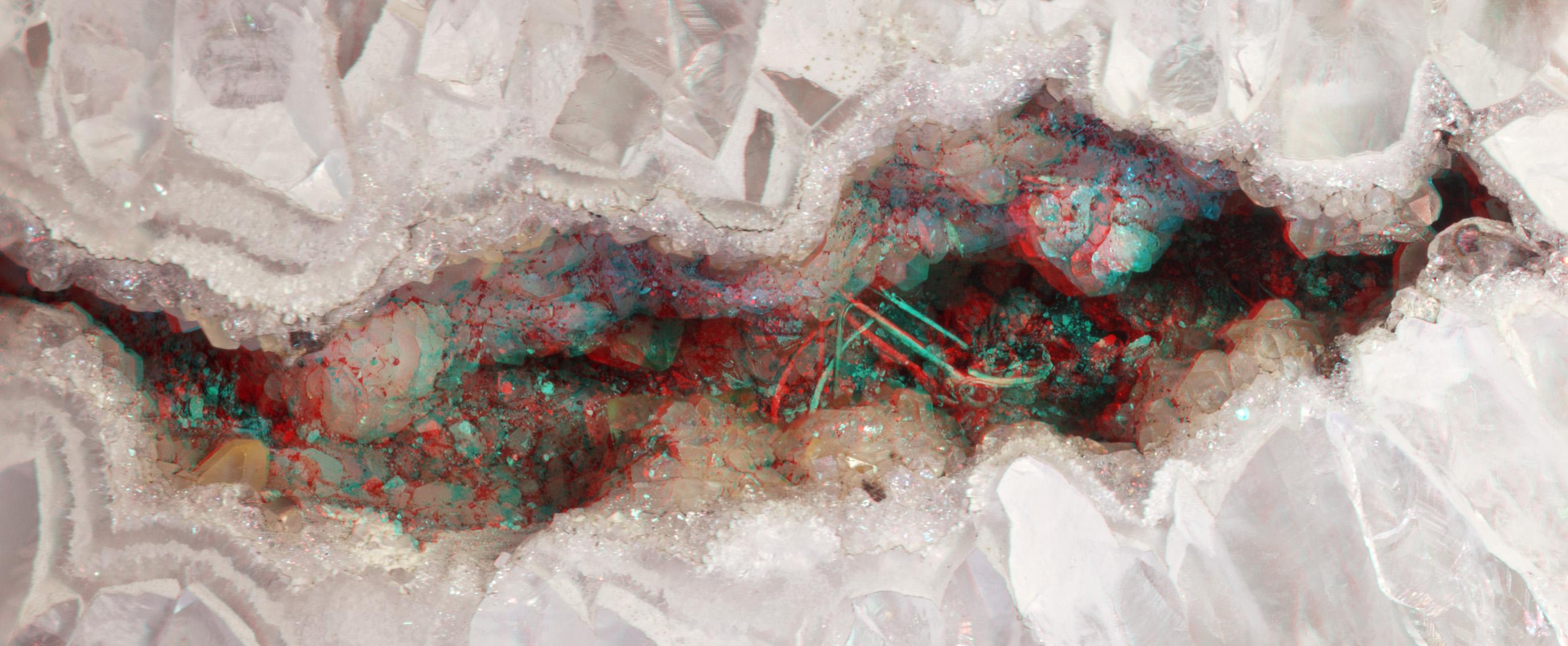 Crystal Druse - Stereo Macro by Ni0n
