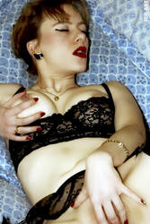 Caro naked 4 by Showa93
