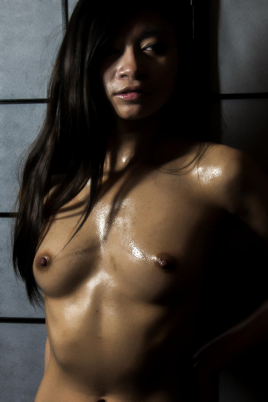 Girl oiled by Showa93