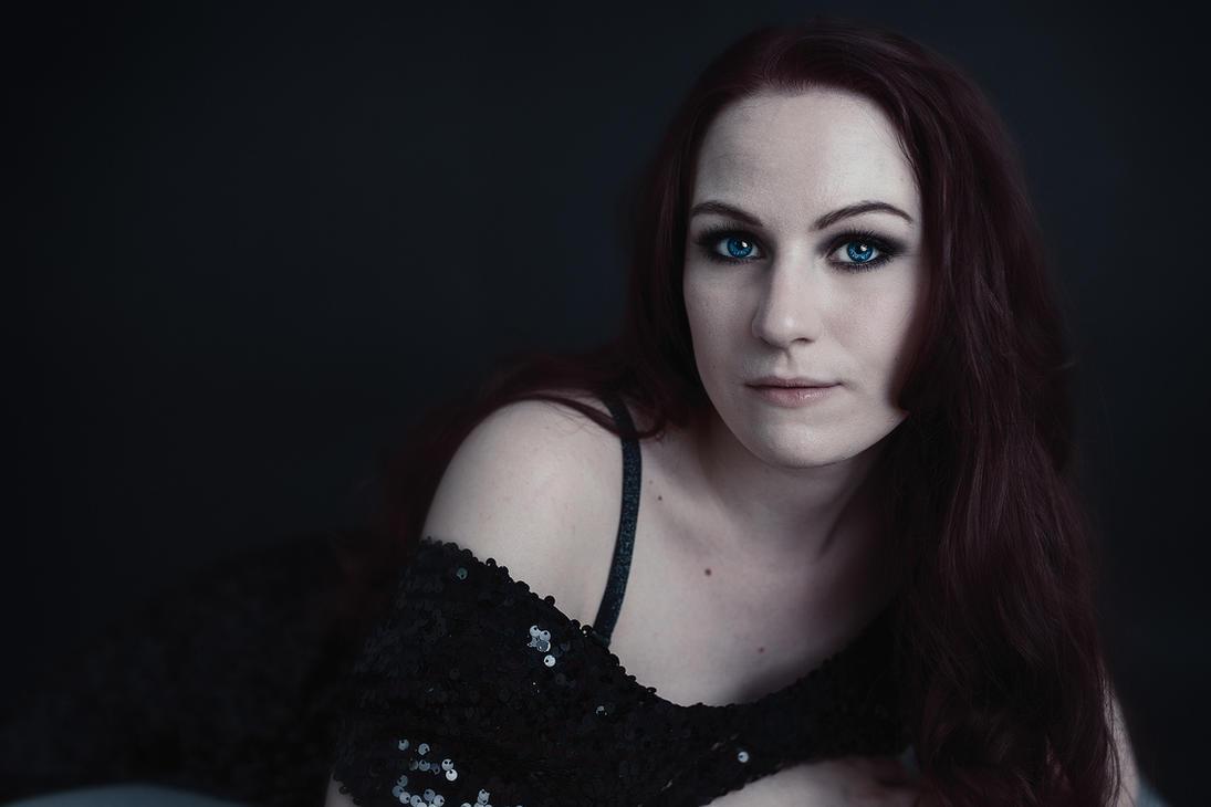 Beatrice the vamp by JenniSjoberg
