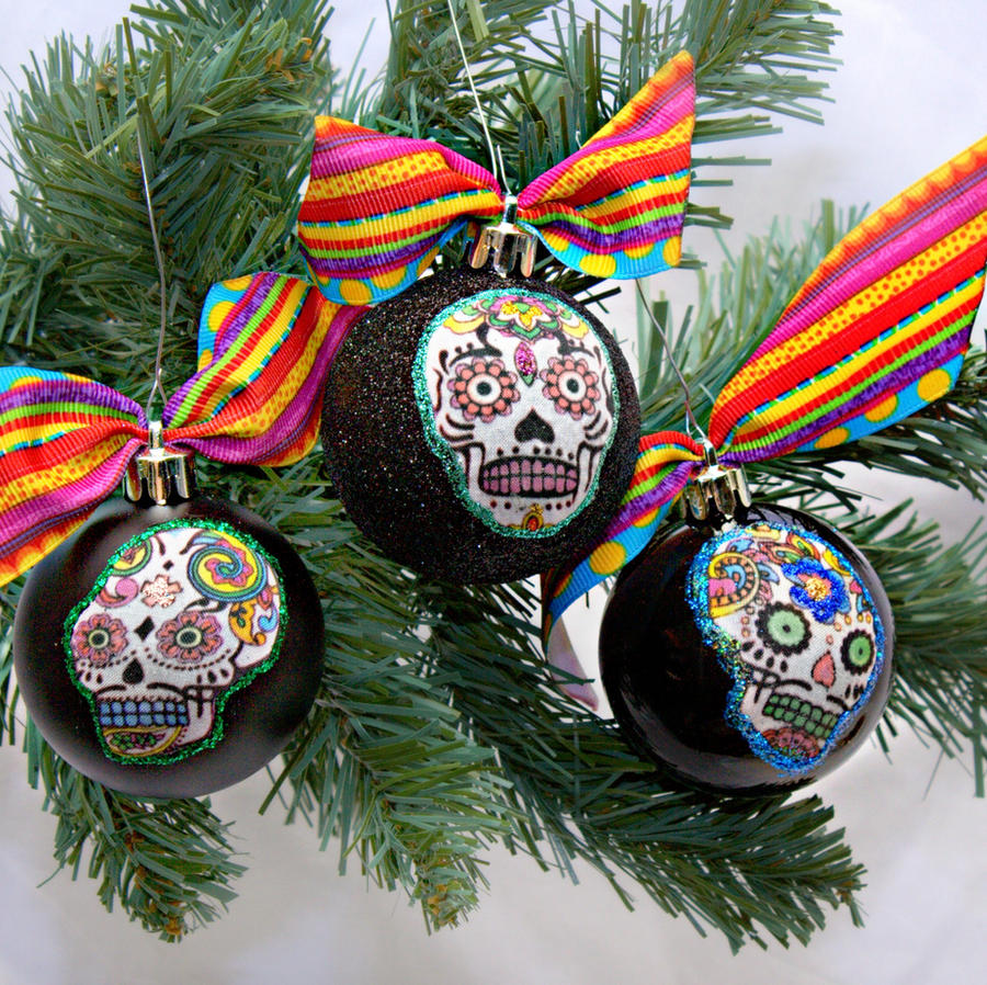 Sugar Skull Christmas Ornaments 2012 by LilBittyFish on DeviantArt
