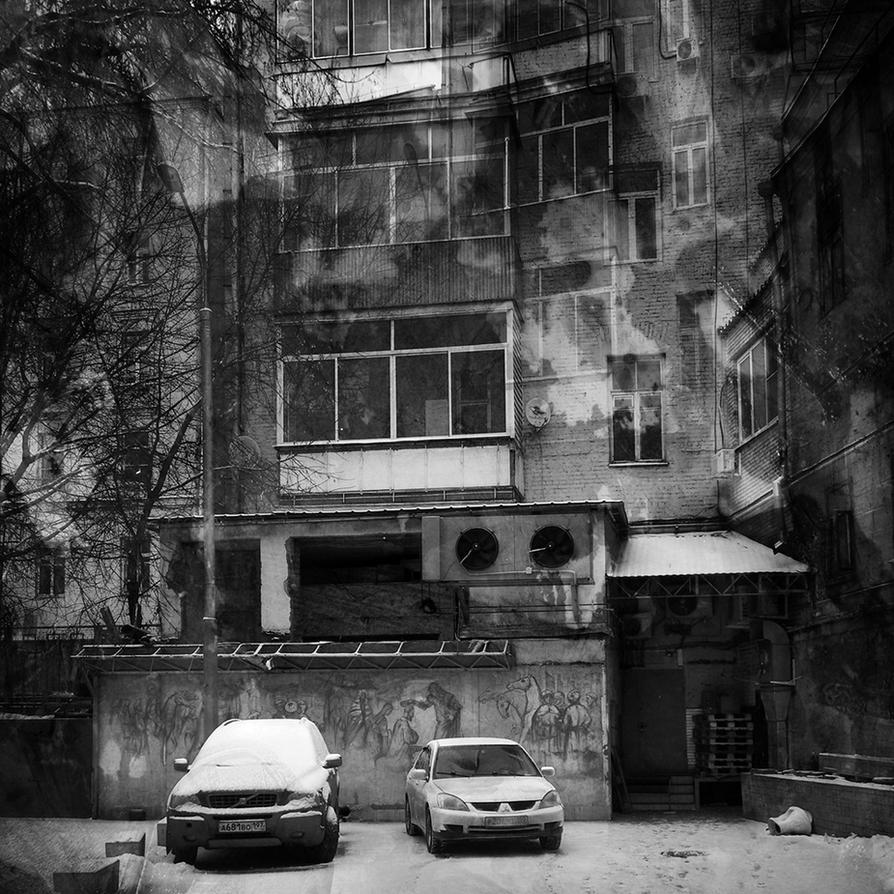 Moscow courtyard by kopalov