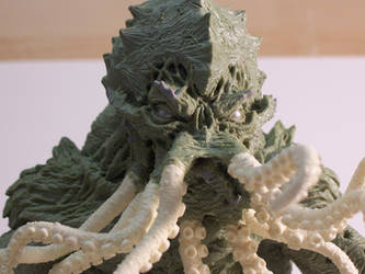 Cthulhu Statue face1