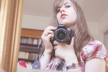 Red lips by Febreizh