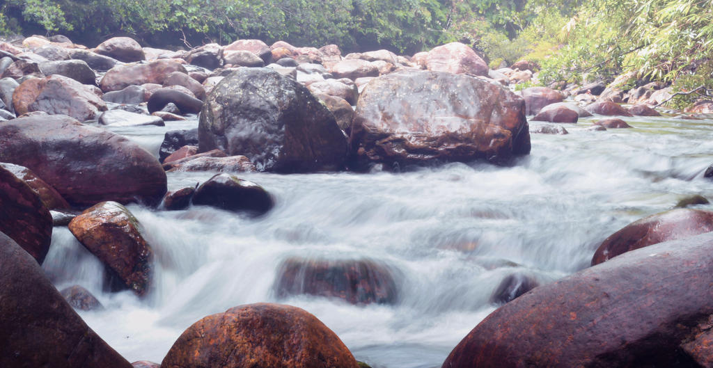 flowing3008161520 by O-KPHOTOGRAPHY