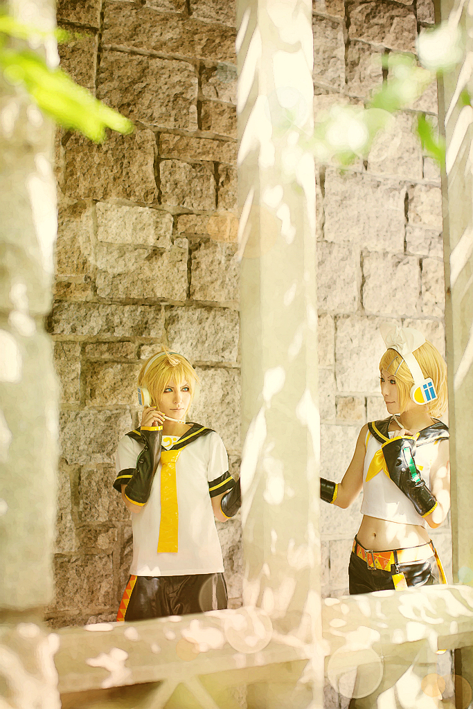 Vocaloid Twin: Rin n Len - 2 by ImMuze