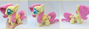 Mini Fluttershy by LiLMoon