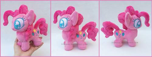 Mini Pinkie Pie by LiLMoon