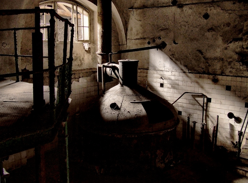 abandoned brewery by Haszczu