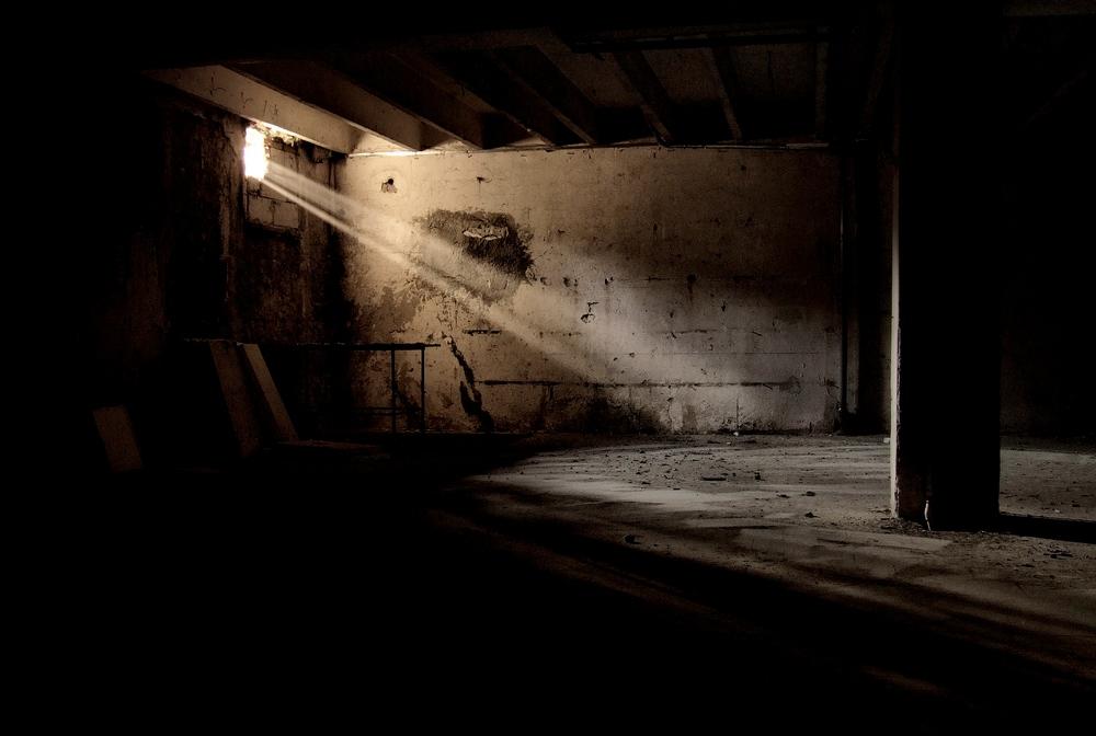 cellar light by Haszczu