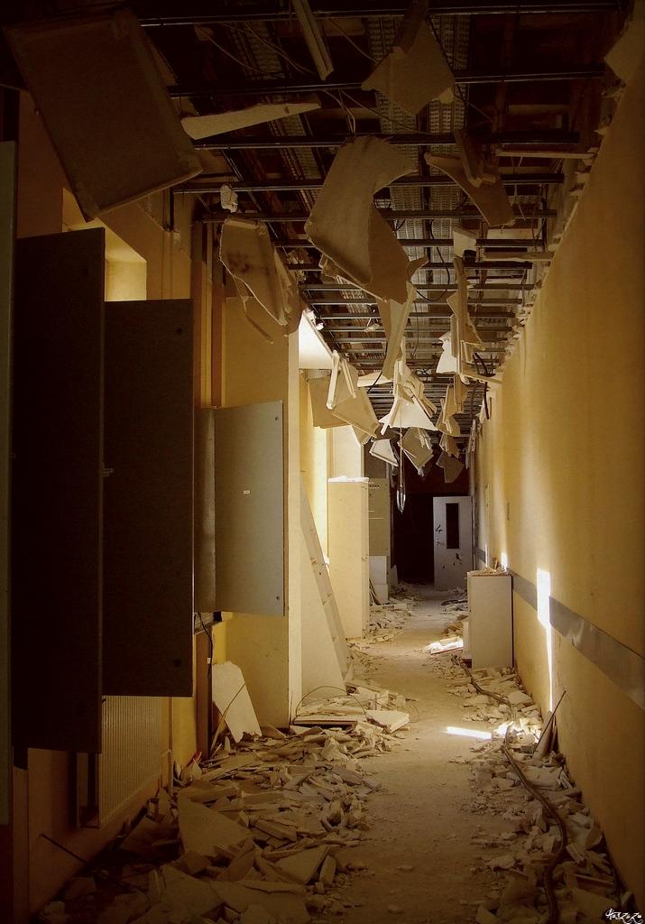Hospital L by Haszczu