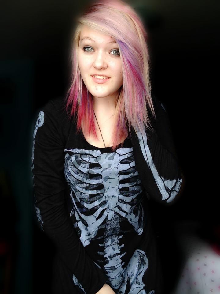 new hair color again by CeyleeKryptonite