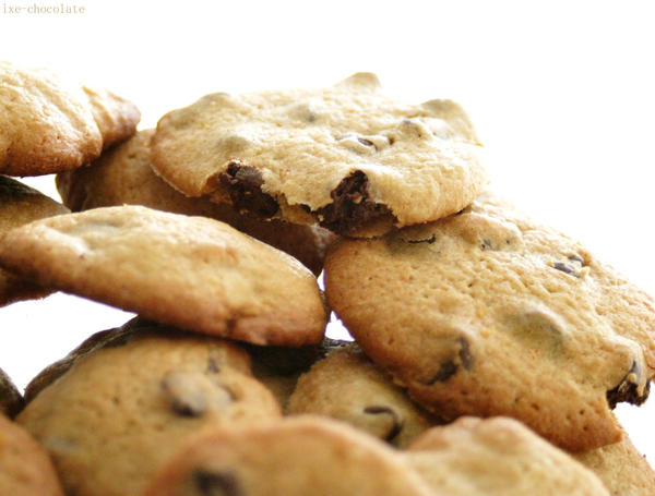 Chocolate Chip Cookies by ixe-chocolate