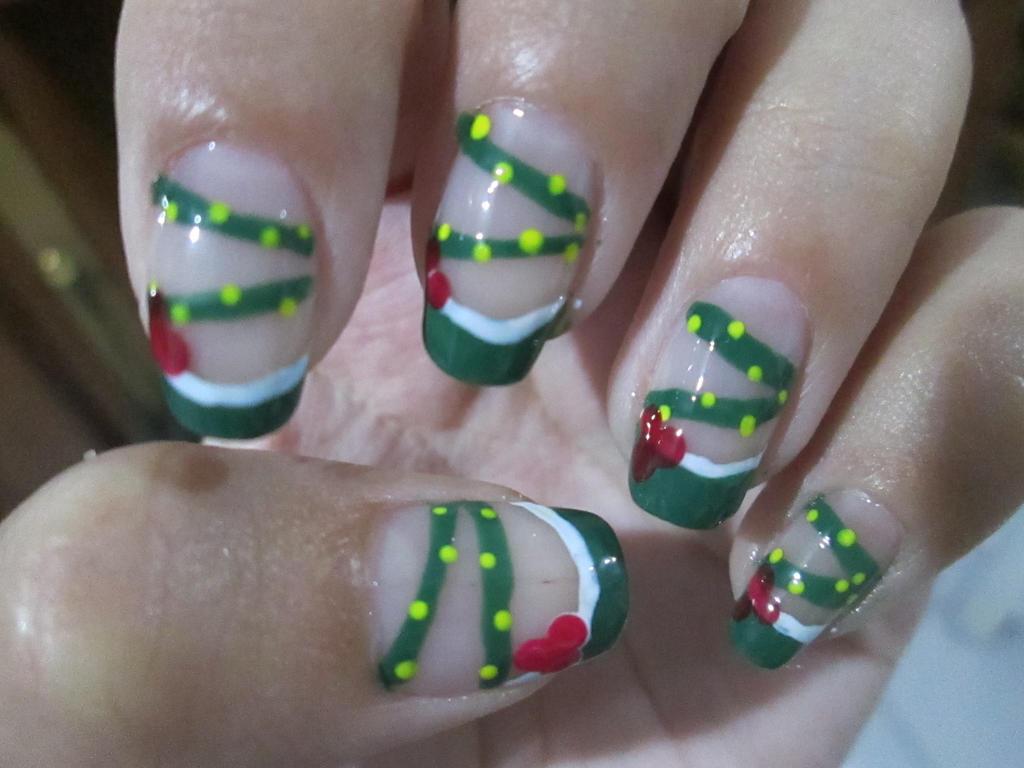 Seasonal: Christmas French Manicure (TUTORIAL) by rishamu on DeviantArt