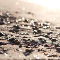 wet sand by miezeTatze