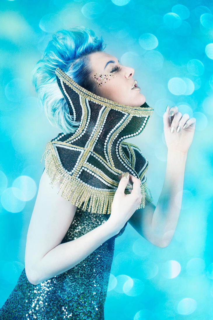 Avante garde fashion by AngiWallace