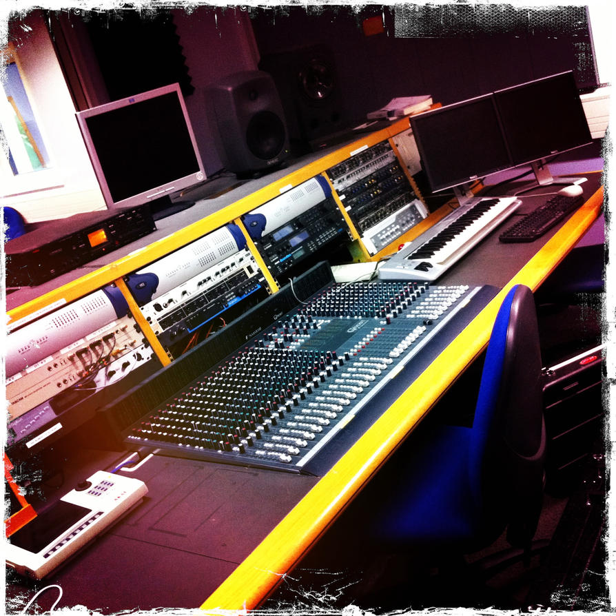 Recording Studio by Baggie23