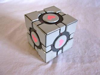 Compantion cube by Crimson-Din