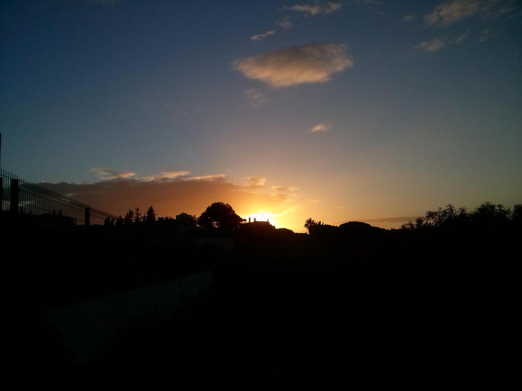 Sunrise 1 by natsukah