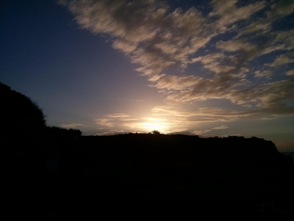 Sunrise 2 by natsukah