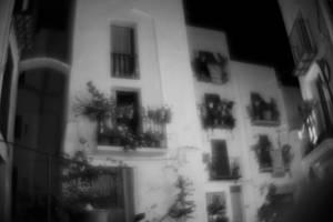 monocle (night)