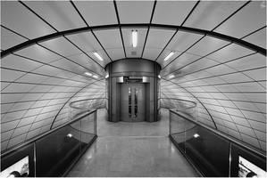 Elevator by karlomat