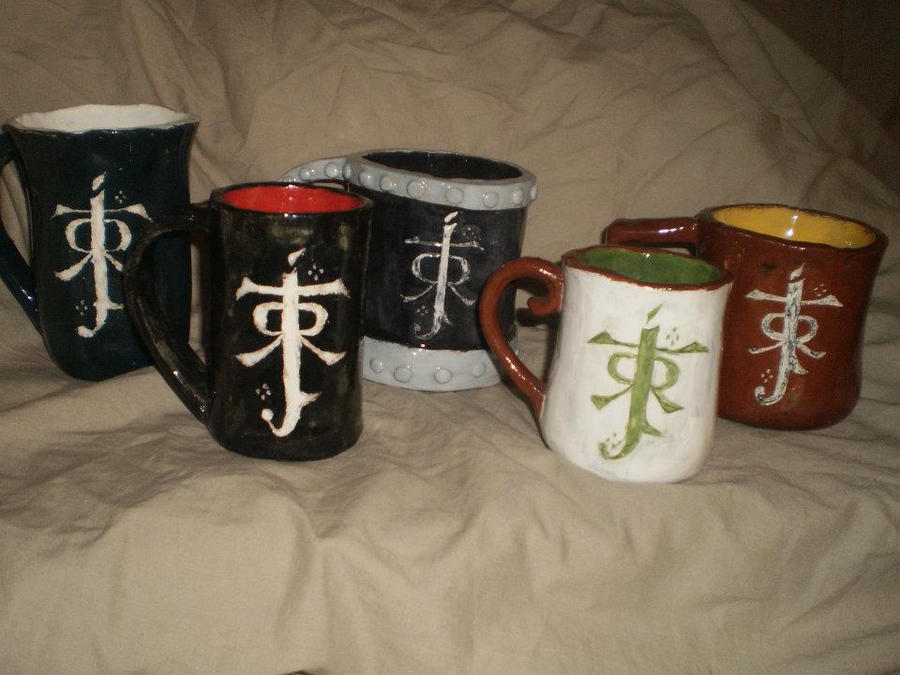 Lord of the rings mug set rear view by feaenalata on deviantart