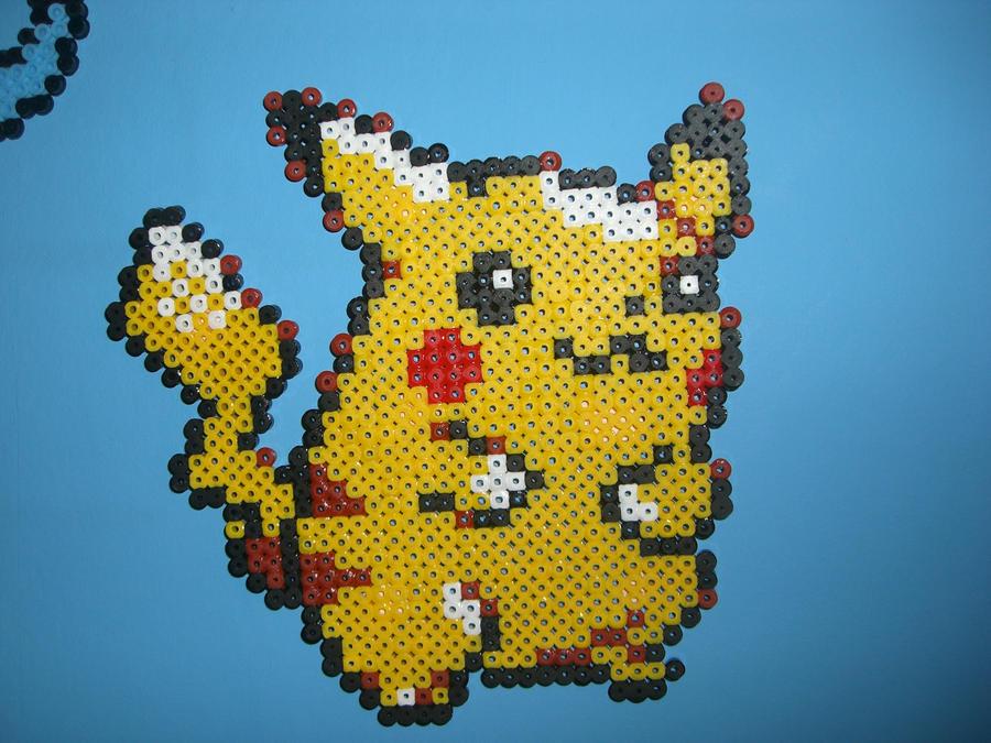 Hama/Perler Pikachu by davedudedead