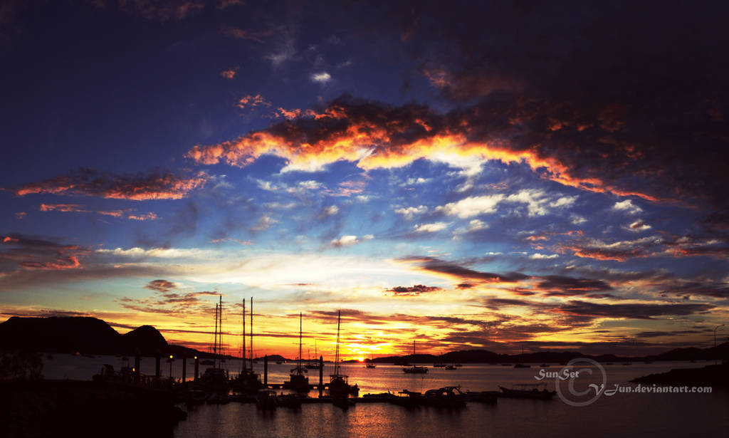 Sunsets by vjun