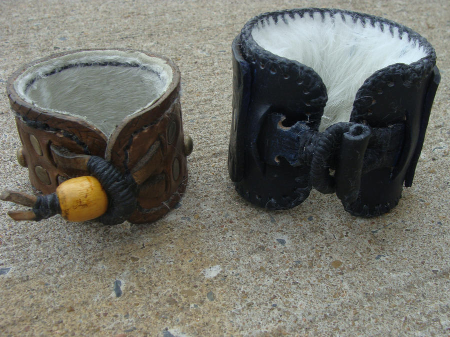 Fur lined cuffs by JoshSkaarup