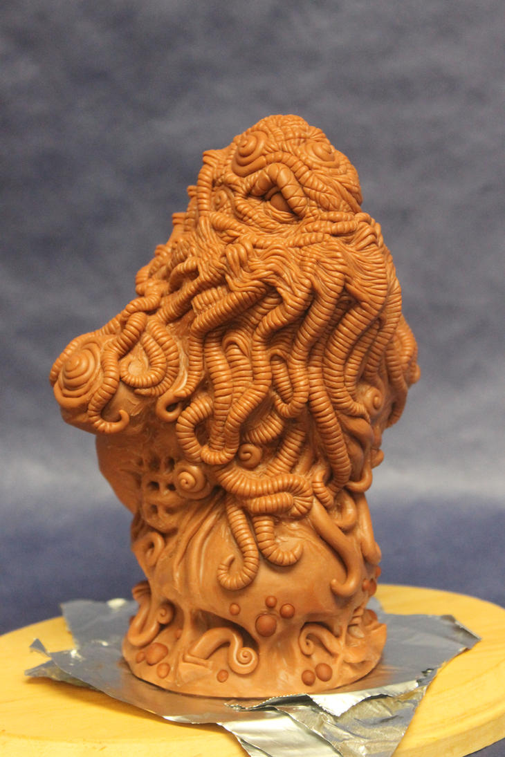 Cthulhu Bust detail update by shaungent
