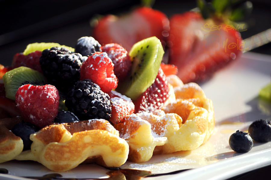 Fruit Invasion by WORSHiTiRESAUCE