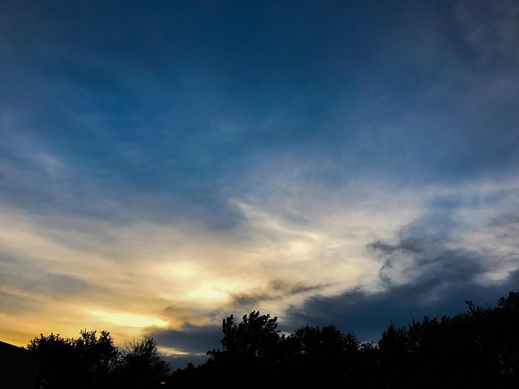 Sunset  by Lauras-Randomness