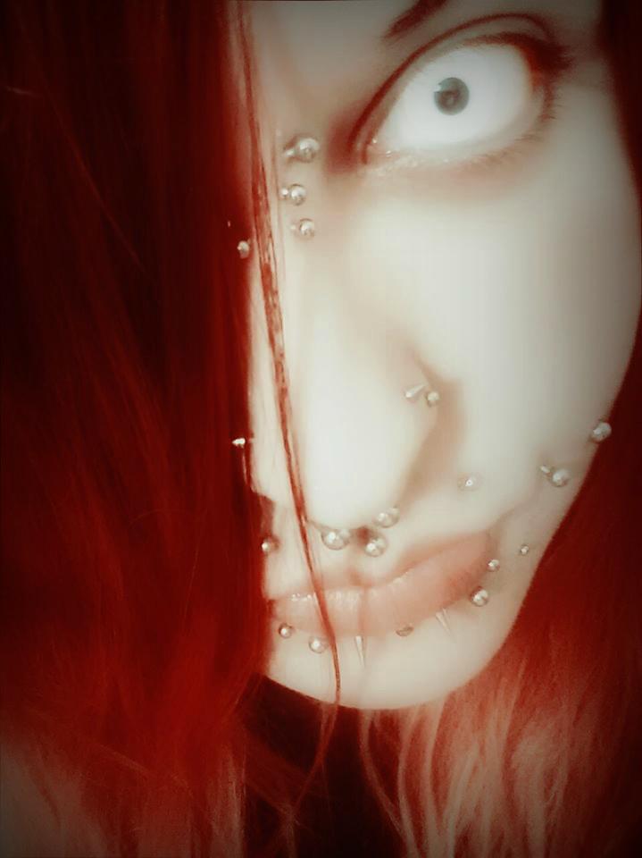 Devil Inside by 666midori777
