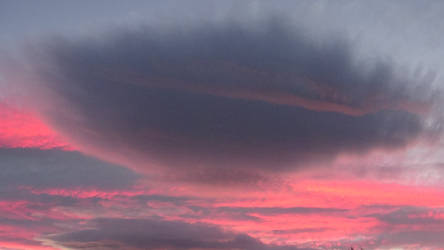 Purple clouds by Bluesplendont
