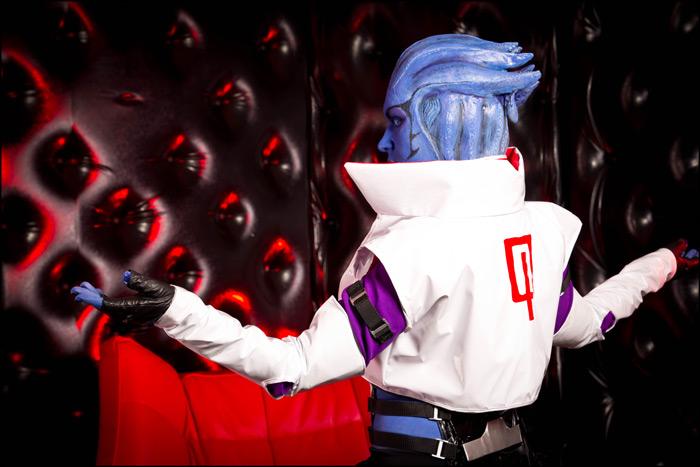 Mass Effect 2 - I am Omega by love-squad