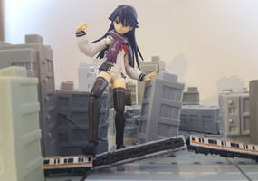Rei Kuroki Steps onto the Train-1