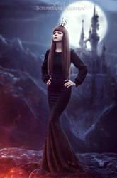 Queen of Darkness by VampireDarlla