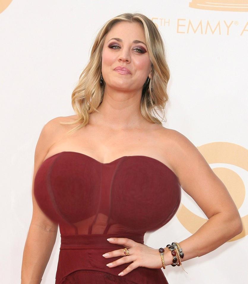 Dat kaley cuoco boob size