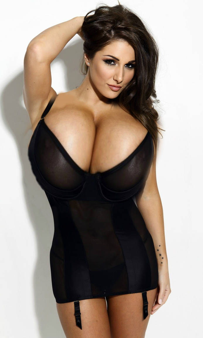 lucy pinder boobs