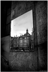 Amsterdam's mirror