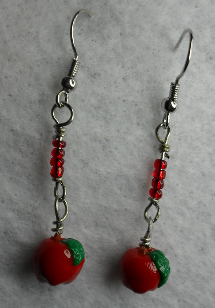 Red Apple Earrings by utenafangirl