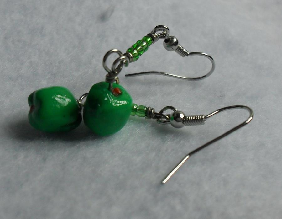 Green Apple Earring by utenafangirl