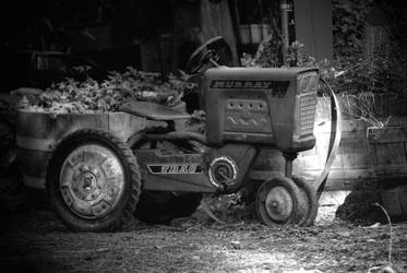 Little tractor by Rhed-Dawg