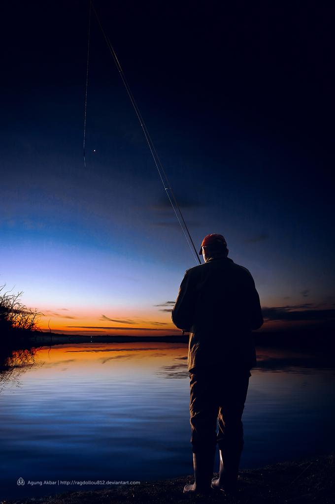 Fishing at dawn by ragdollou812